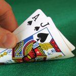 Blackjack: wat is de rol van de dealer aan tafel?